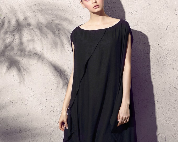 Short sleeve tunic - Ample tunic - Asymmetrical base - Neck Round - Spring / Summer tunic - Linen tunic - Made to order