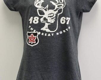 Women's Vintage style Canada deer  t-shirt