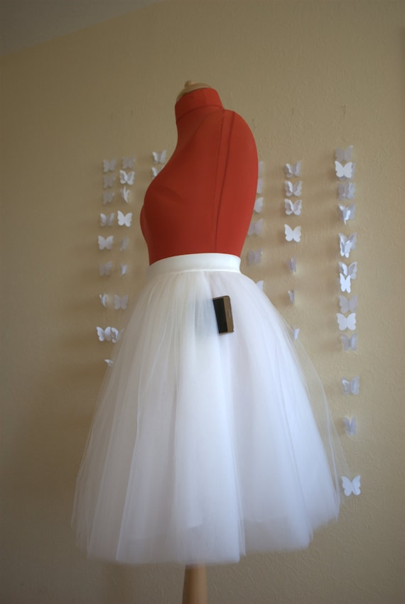 Add pockets to tulle skirt!