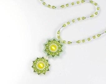 Green flower necklace, spring flower necklace, green pendant necklace, green beaded flower pendant necklace, easter necklace, for her, 223