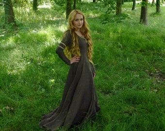 Medieval Dress  - Lady Marian Dress - Custom Medieval dress -Aurora/Sleeping Beauty dress -  Medieval Reenactment