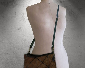 ON SALE Vintage brown Embossed Leather Bag, Leather crossbody, Leather Brown Crossbody Bag, Brown crossbody Crossbody Bag, brown leather bag