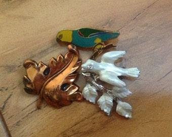 Vintage Jewelry Brooch Pin   Design  ,White, Leaf ,Branch,Bird ,CZ,Silver Tone ,Gold Tone ,Bronze  F-035
