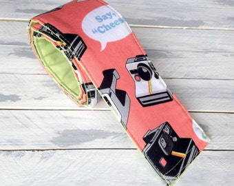 DSLR Vintage Camera Strap Cover-Lens Pocket and Padded-Coral and Mint Green-Photographer Birthday Gift-Polaroid Vintage Camera