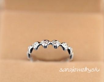 """Precious~~~ 14k white gold diamond ring """"Skull"""" ring/26 Round white diamonds weight 0.26carat  /Anniversary jewelry/Birthday/Wedding jewelry"""