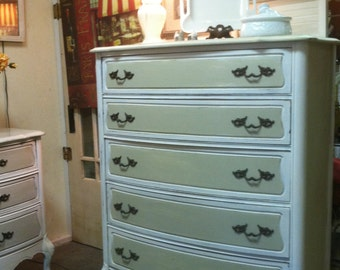 Painted chest of drawers Neutral color dresser French Provincial Bedroom Shabby but Chic 4 drawers French distressed Furniture Faux Paint