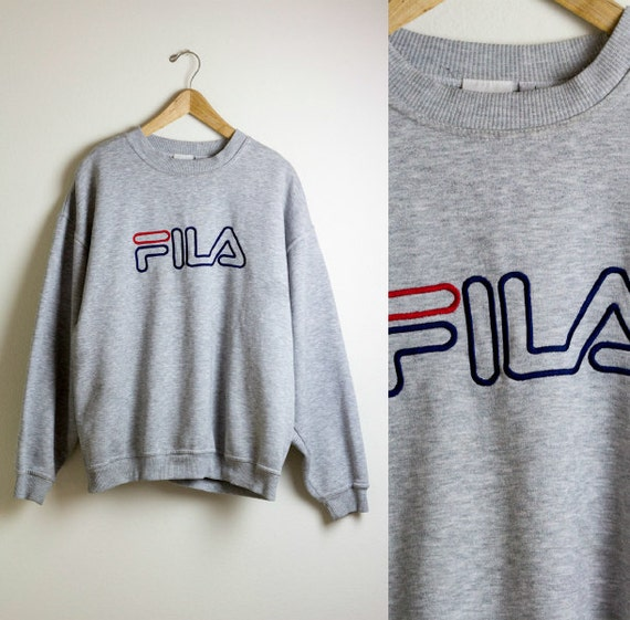 sweatshirt fila gris baggy chasuble fila crewneck. Black Bedroom Furniture Sets. Home Design Ideas
