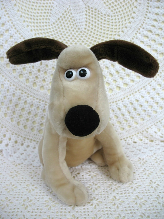 Wallace And Gromit Toys : Gromit soft toy plush by missiemoovintageroom