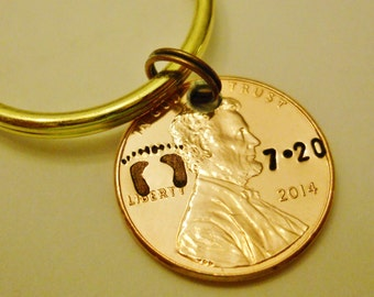 Baby Keychain / Child Charm: Personalized Parent Gift/Kids Children Family; Custom 2018 + Penny Keychain, Date of Birth Keychain, Footprints