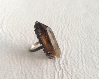 Smokey Quartz Point Silver Ring Natural Smokey Quartz with Spessartine Inclusions Sterling Silver Triangle Arrow Motif Jewelry Size 6.5 plus