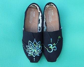 Lotus Flower & Om Symbol TOMs
