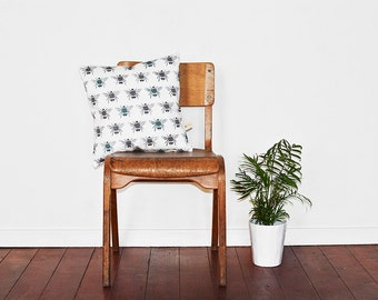 Bumble Bee Pattern Decorative Cushion Cover // Bee Decor // Bumble Bee Fabric // Bedroom Decor
