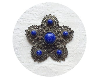Vintage Antique Silver Tone Brooch Faux Blue Lapis Gemstone Plastic Cabochon Jewels Medieval Gothic Jewelry Ornate Pin Back Rustic Antiqued