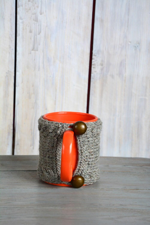 Knitted Mug Warmers Pattern : Knit coffee mug cozy. Mug warmer with cable pattern. Natural