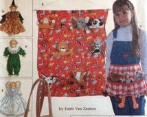 "Simplicity Crafts 7695 UNCUT Tote Organizer, Apron, Sleeping Bag and Clothes For 9"" Bean Bag Animals"