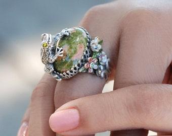 Frog Ring, Frog, Leap Frog, Frog Jewelry, Animal Ring, Adjustable Ring, Epidote, Green Ring, Animal Ring, Statement Ring, Gemstone Ring R228