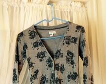 Vintage Aeropostale Grey Button Down Ladies Angora & Cotton Blend Floral Print Sweater Size Small