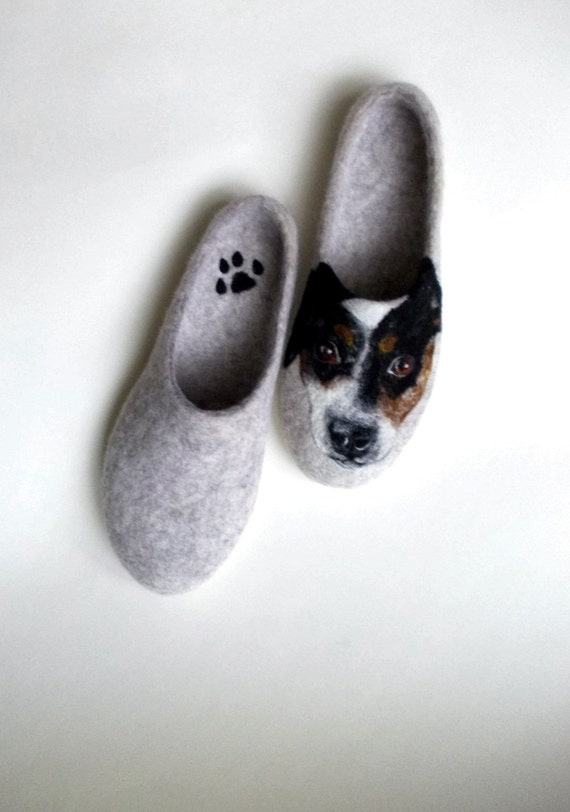Wool slippers Dog portrait Custom painted Warm winter shoes
