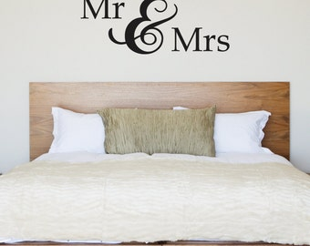 Mr and Mrs wall sticker - Gift For Valentine, Anniversary or Wedding