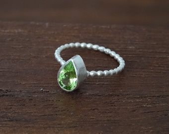 Peridot Teardrop Bezel Ring - Sterling Silver Ring - Fine Silver Ring - Handcrafted Olive Green Gemstone Ring - Stackable Ring - Size 5 Ring