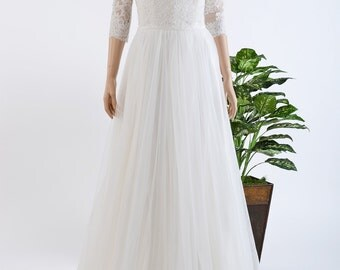 Ivory lace wedding dress with tulle skirt, 3/4 sleeve lace bolero