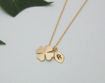 Clover necklace,coin initial necklace,personalized necklace,coin necklace,4 leaf clover,good luck