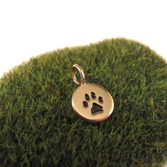 Gold Paw Print Charm, Bronze Pawprint Pendant Disk, Animal Charm, Charm Bracelet or Necklace, Supplies (CH 682 b)