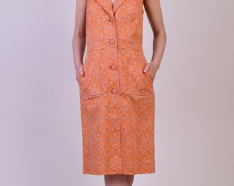 Vintage Dress Oscar De La Renta Paisley Dress with Spotted Buttons from the 1970s