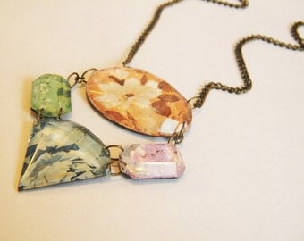 Cast Resin Floral Necklace