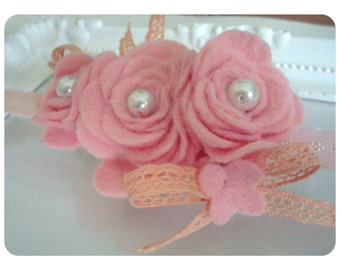 Girl's Headband. Baby Headband. Felt flower hairband. Fether Felt  Headband. Toddler Fether Headband. Felt Headband. Girl Felt chic Headband