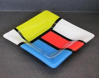 Fused Glass 6 inch  Plate: De Stijl style, geometric design