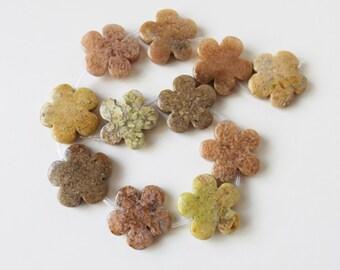 Multi color quartz flower 30 mm  beads ( #J1303)