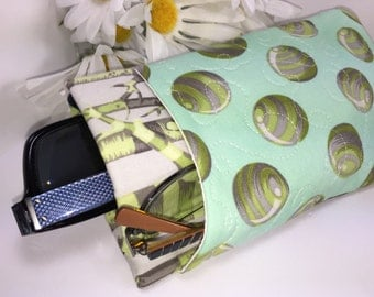 Green Tree Bark Tula Pink Glasses Case, Quilted Double Sunglasses Pouch, Eyeglasses Case, Padded Center Divider, Twin Glasses Case