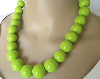 Bright Green Chunky Necklace, Lime Green Statement Necklace for Sping and Summer Single Strand Lime Green Necklace
