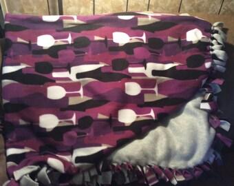 Wine Lovers No-Sew Blanket