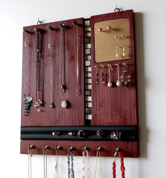 porte collier stockage de bijoux affichage de collier rouge. Black Bedroom Furniture Sets. Home Design Ideas