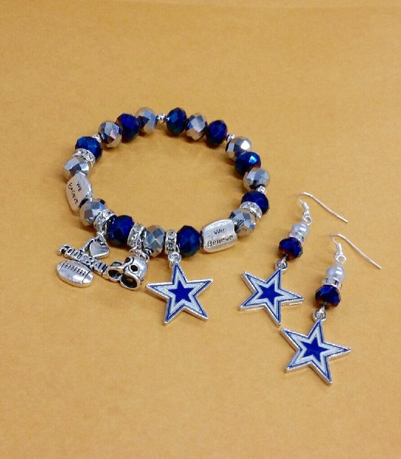 dallas cowboys charm bracelet dallas cowboys charm bracelet and earrings by toshiesjewelry 3881