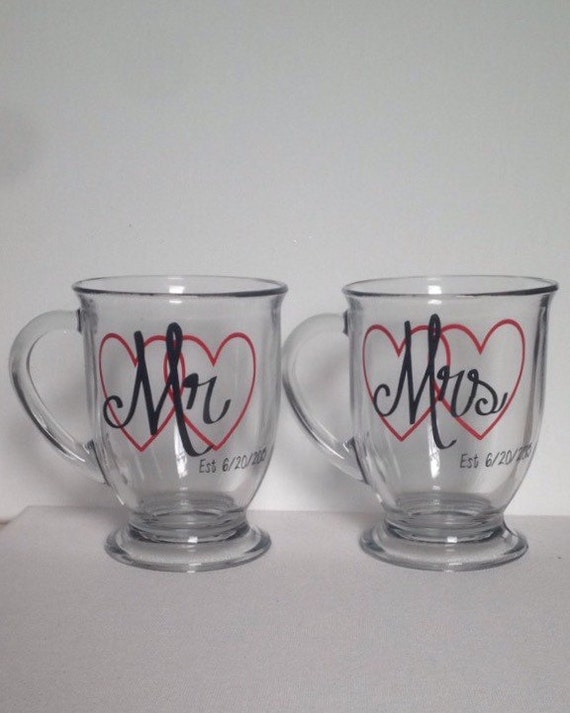 Wedding Gift Mugs Suggestions : Wedding mugs // newlywed mugs // wedding gift set // mr and mrs mugs ...