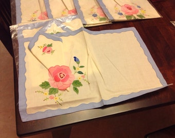 Beautiful vintage linen placemat with napkin - 1 left - rose placemat
