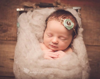 Oatmeal Rustic Wool Fluff - newborn photography prop - neutral wool batting - basket stuffer - layer