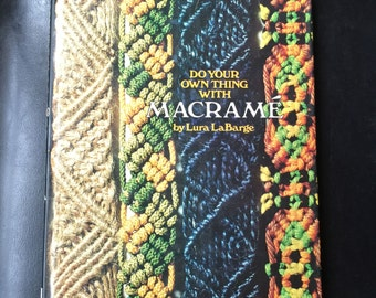 Macrame: Techniques and Projects (A Sunset Book) Paperback – 1975