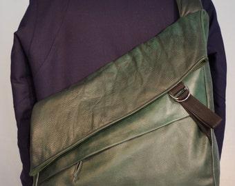 Lancelot model A I, Messenger bag, green