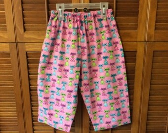 Toddlers CoolCat ankle length play pants.