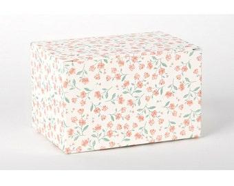 2 x Gift Boxes / Rose box / Medium gift box / wedding gift boxes / paper boxes / cookie box / gift box / craft box / candle boxes / soap box