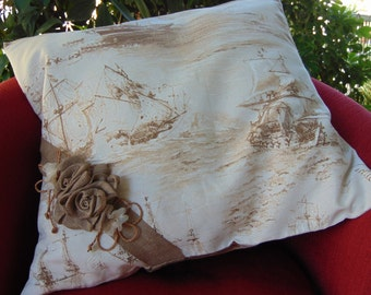 Romantic cushion with boats