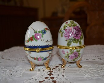 Vintage LIMOGES porcelain eggs set of 2 with lovely drawings and colours and gold gilded details/collectible porcelain eggs apr.2084