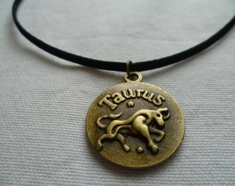 Taurus choker,Taurus necklace,zodiac necklace,birthday,horoscope,star sign,bull,bronze disc,astrology,suede cord choker