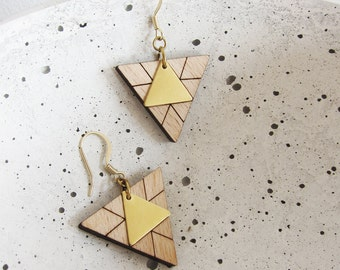 TRIANGLES earrings - wood - brass