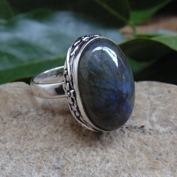 labradorite ring genuine gemstone ring by jewelryartisans