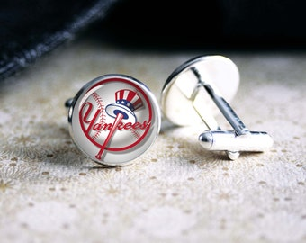 Yankees baseball team cufflinks. Gift idea for men, Fathers day, Christmas, prom, wedding cuff links.